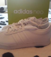 Nove Adidas neo tenisice vel 38