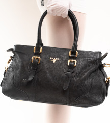 Prada crna torbica