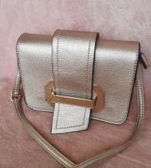 Nova zlatna torbica
