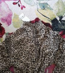 Novo s etiketom Zara tigrasta košuljica