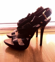 Zara sandale od prave kože