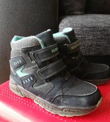 Vodootporne cizme br 32 u super stanju!