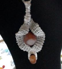 valovita ogrlica
