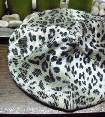 Takko nova francuska kapa gepard uzorka