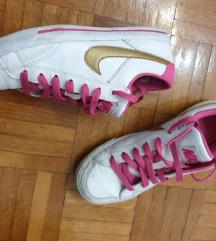 Nike tenisice vel.37.5