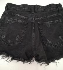 Bershka/ vintage collection hlačice