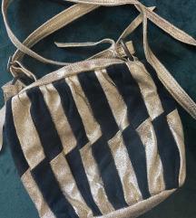 Top Shop crno-zlatna kožna torbica