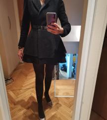 Crni (haljina) kaput