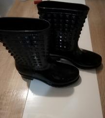 Gumene čizme like Valentino