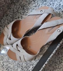 Stonefly sandale