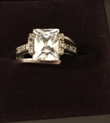 Srebrni prsten, jedan kamen