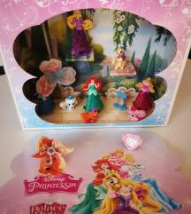 Princeze, pande, kinder
