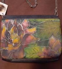 Rucno oslikana svilena torbica 99 kn %%%
