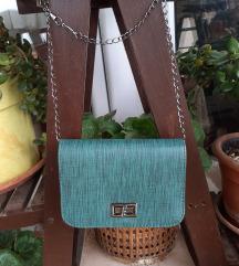 NOVA mala zelena torbica