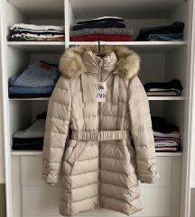 %%%  Zara zimska jakna s etiketom