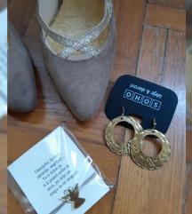 Štikle i nakit lotić