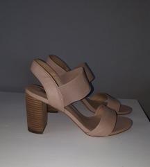 Dune sandale na petu