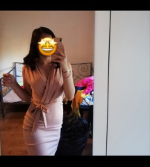 nude haljina
