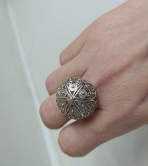 Srebrni prsten botun