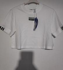 crop top adidas majica s etiketom %dns 120kn %