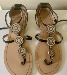 Nove kožne sandale sa Swarovski kristalima