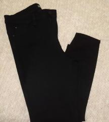 Primark hlače 44