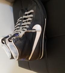 Nike tenisice 41/42