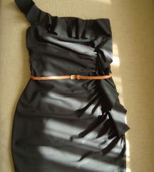 Nova crna haljina s volanima