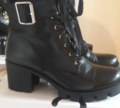 Shoe box kozne cizme