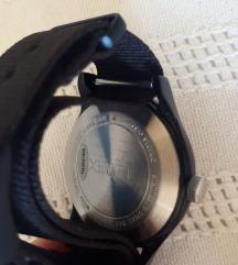 Timex sat %