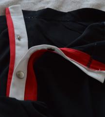 Široke hlače sa gumbima