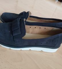 Tamno plave udobne cipele kao ordopetdske