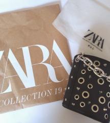 Zara bucket torbica sa zakovicama