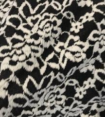 Prekrasna haljina s čipkom 🖤