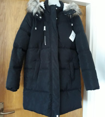 Nova crna zimska jakna