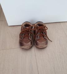Šafran cipele