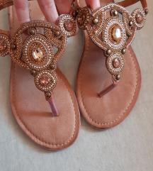 SNIZENO 80kn!! NOVE kozne sandale