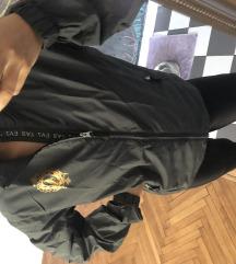 Emporio Armani jaknica 😂