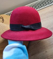 Carpisa šešir