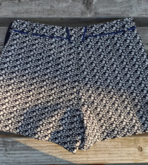 Kratke hlačice, veličina 36