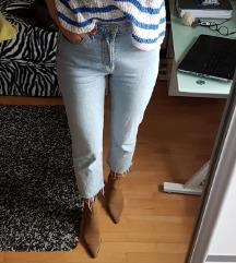 ZARA svijetlo plave traperice