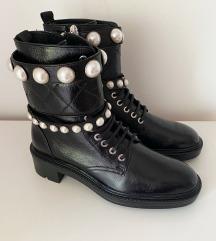 Nove Zara kozne cizme 36