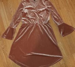 HM prislirana haljina