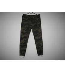 Zara vojničke hlače