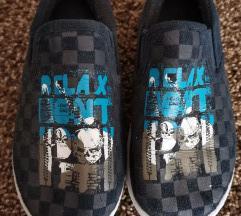papuce 32