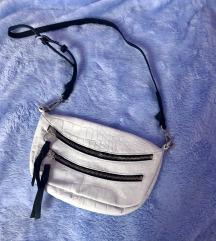 Asos bijela kožna torbica croco