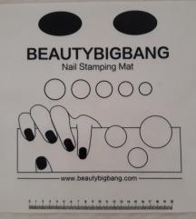 Nail stamping mat