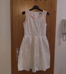 Bijela haljina bez rukava