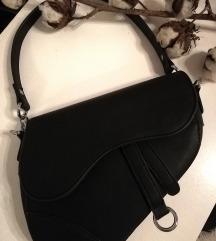 Crna ženska torbica (replika Dior modela)