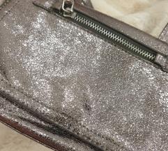 Reserved srebrna metalic torbica 👜